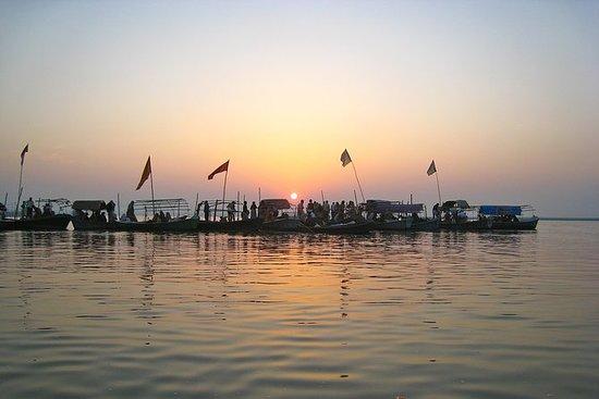 Private Custom Tour: Allahabad...