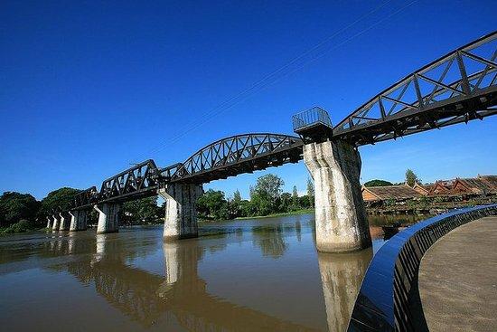 Puente sobre el río Kwai y...