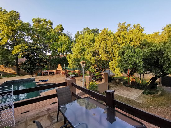 Main house  – Foto de Paulshof Guesthouse and Apartments, Sandton - Tripadvisor