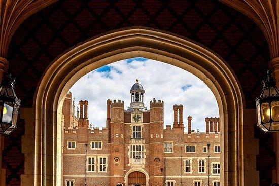 Tour privado al Royal London y al Palacio de Hampton Court: Royal London and Hampton Court Palace Private Tour