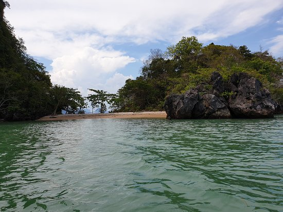 Ko Yao Yai, Thailand: Our Secret island on James Bond and Sea Cave Canoe.
