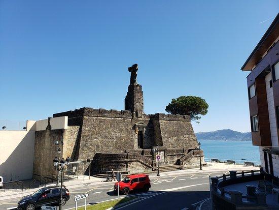Monumento a Elcano