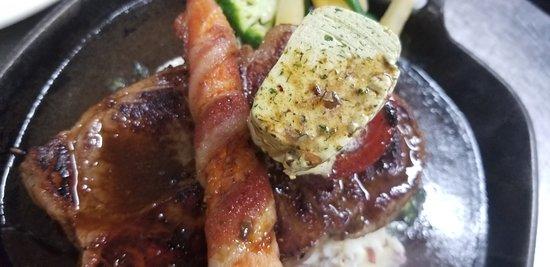 Derby Line Village Inn Austrian Restaurant: Great Steaks