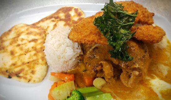 Derby Line Village Inn Austrian Restaurant: Wednesday nights Schnitzel and Curry