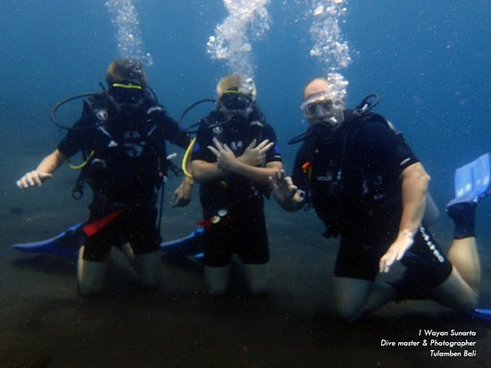 Tour Dive Bali - Tulamben: Scuba Diving in Tulamben Shipwreck Bali tourdivebali.com