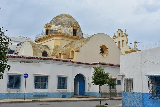 Centro Cultural Lerchundi