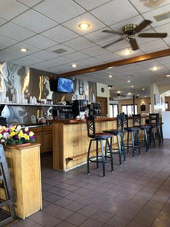 Markleysburg, بنسيلفانيا: Inside service counter.