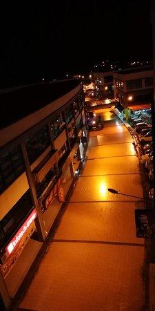 Betong, Μαλαισία: Pathway to memories!!