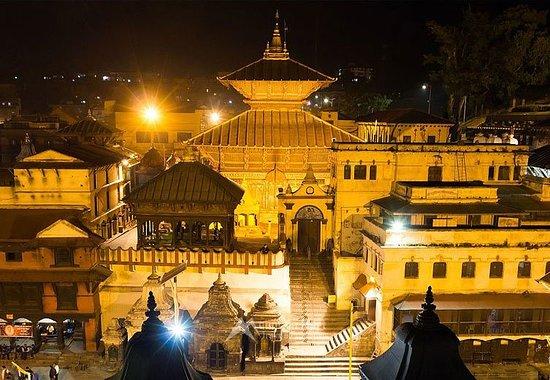 visit Biggest Hindu temple Pashupatinath Temple from merit Adventure