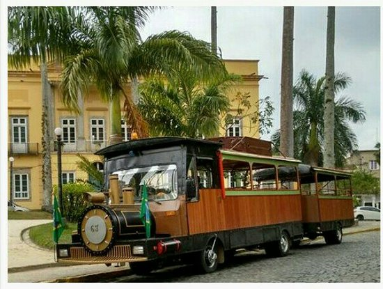 Vassouras, RJ: Trenzinho de passeios turísticos 35mt contando um pouco da história de um modo divertido em alguns pontos turísticos ! Recomendo 👏👏👏👏