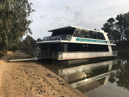 Echuca, ออสเตรเลีย: Infinity and Envy houseboats.