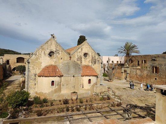 Cretan Family Taxi: Arkadi Monastery, Rethymno