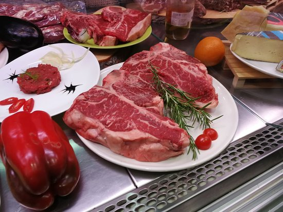 Landriano, إيطاليا: Fiorentine di carne Chianina