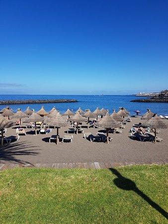Noleggio Sdraio E Ombrelloni Normativa.Playa Del Bobo Costa Adeje Aggiornato 2019 Tutto Quello Che C E