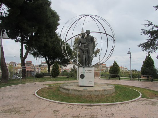 Monumento all'Emigrante