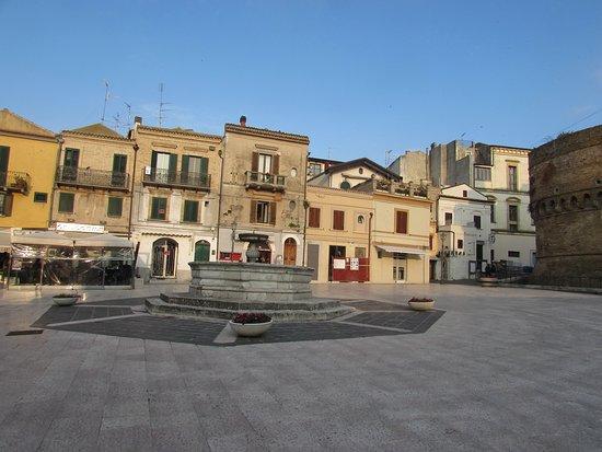 Fontana Grande (Fontana D'Avalos)