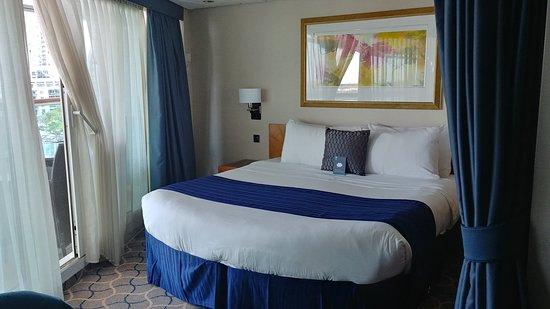 Brilliance of the Seas: Separate bedroom