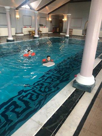 Pool - The Oberoi Cecil, Shimla Photo