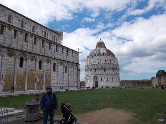 Pisa, Itália: field of miracles