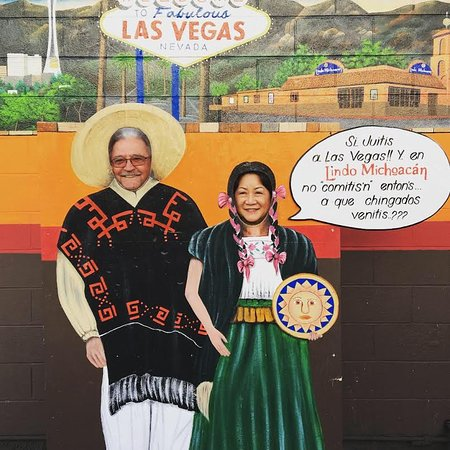 Original Lindo Michoacan: Super fun photo board cutout in the parking lot - lucky we got there a little early, because we all had to pose and snap Instagram pictures!
