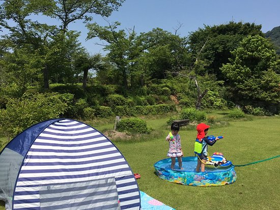 NIKKOEN BBQ &PARTY GARDEN IN HYOGO: 夏は幼児用プールもあります。