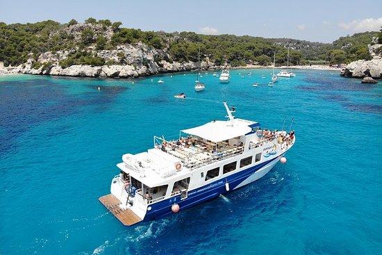 Menorca Blava barco día en el mar