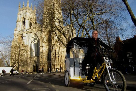 York Carriage venter - Pedicabs Tours...
