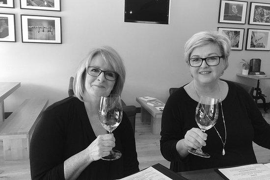 亲密的品酒体验和精品葡萄酒