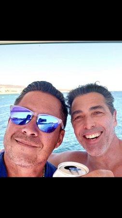 Cabo San Lucas - Visserijcharter - 60 voet Bertram - Blauwe zee: Mike was the bomb!!! My brother!