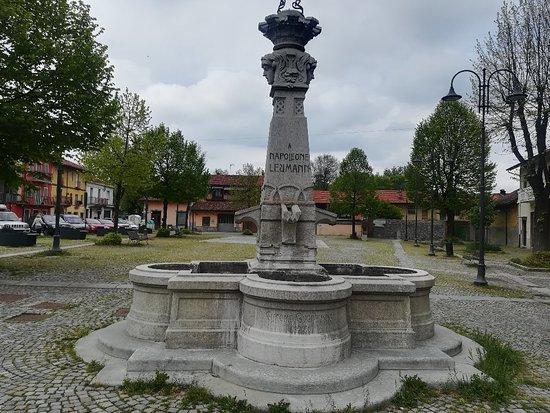 Fontana Dedicata a Napoleone Leumann - 1904
