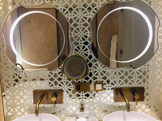 Jumeirah at Saadiyat Island Resort: beautifully designed