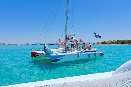 Si Adventure noleggio gommoni,catamarani  scuola vela