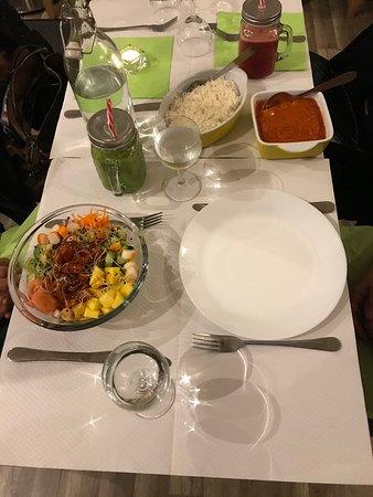 Eat Green: Hawaiian Food & Bollyfoodien  (accompagner de Red Vita & Green Mango  why not together ...)