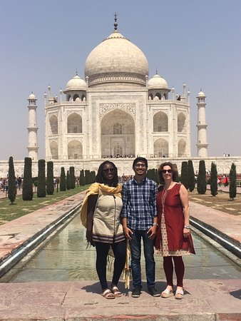 Private Taj Mahal Day Trip By Express Train With Lunch - All Including: Work friends enjoying a Taj Majal visit