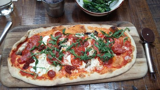 Rustica Piquante Pizza Hardly Any Topping Small Amount Of