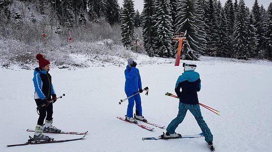 Eden Ski & Snowboard School and Rental Centre (Poiana Brasov)