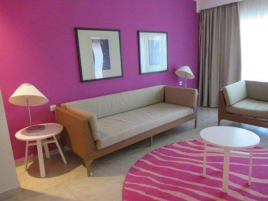 Gran Muthu Imperial Hotel: Junior Suite: H-1105