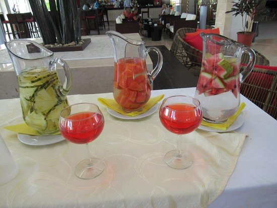 Gran Muthu Imperial Hotel: Healthy juices !