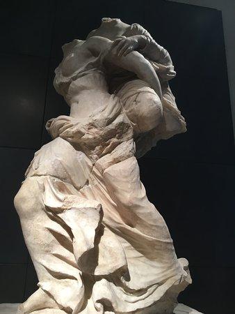 Sculpture group Ephedrismòs