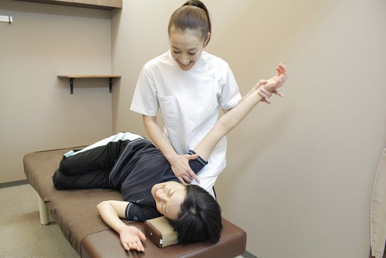Asahi Osteopathic Clinic Shinsaibashi South