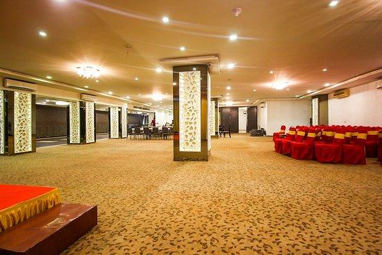 Pictures of Hotel Maan Residency - Ahmedabad Photos - Tripadvisor