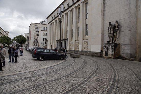 Universidade de Coimbra Alta & Sofia: Paseo por obligado por la zona de la universidad