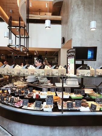 Grabli Food Bar: Меню представлено огромным разнообразием блюд, на любой вкус и достаток.