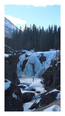 Hemsedal, Norveška: Rjukandefossen im April
