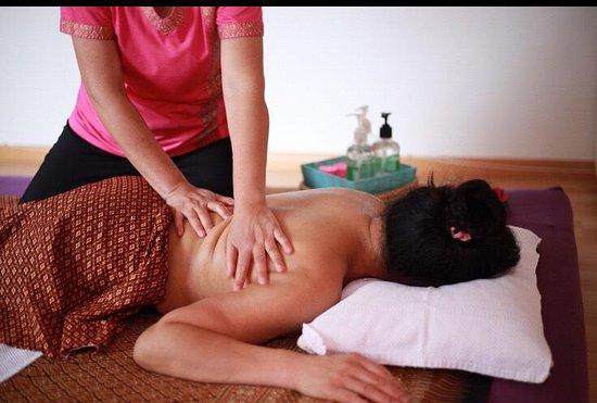 Lisa Massage
