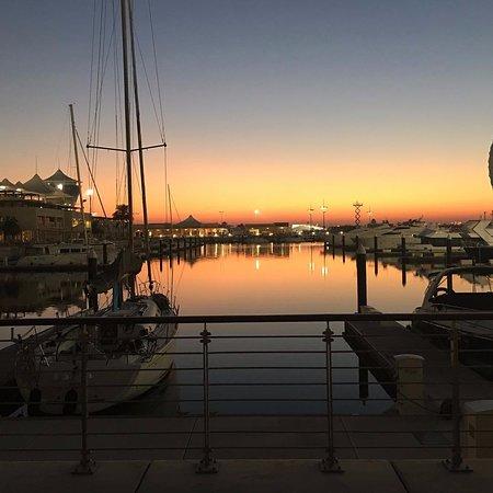 Sailing on sunshine ⛵️🌅 #repost @dxbluxuryproperty 💙