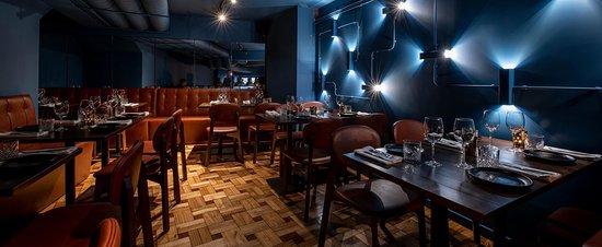 Travesso Restaurante & Bar