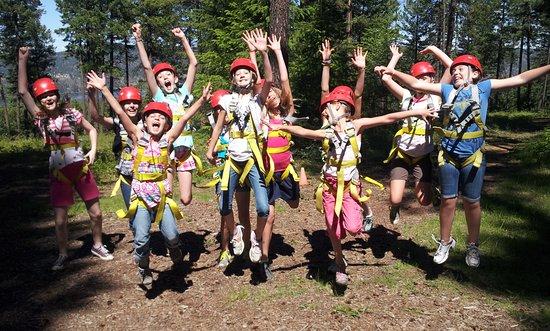 Nine Mile Falls, واشنطن: Birthday party girls having a blast!