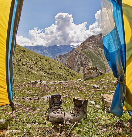 Peeking out on the Dolpo trek