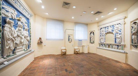 Museo Civico e Pianacoteca Crociani - Sala delle Terrecotte Robbiane
